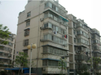 朱然公园旁 鹊桥小区 满五好房 只售16万 简单装修家电齐全 拎包入住 非诚勿扰
