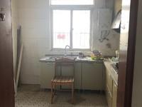 金瑞三村,可租可售。租700 月简单装修,俩室朝南,厨房卫生间都很大、