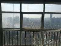 明都财富广场 新空毛坯大两房 各空间超大 7.5米大阳台 采光好 楼层好