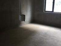东方城四期 毛坯满两年 16楼黄金楼层 性价比高 有钥匙看房 急售