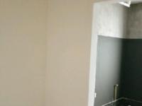 金桥雅苑,去年新盖的电梯高层,12楼总高24,毛坯两房,视野开阔,有钥匙