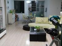 国际华城一村一楼精装房带花园及储藏室 地下有两层架空层