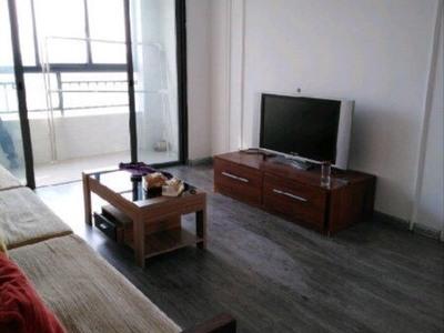 朝晖首府全新装修,楼层采光无遮挡,双学区,诚心出售,家具你家的齐全方便随时看房,