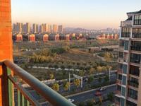 出售国际华城5室3厅2卫200平米155万住宅