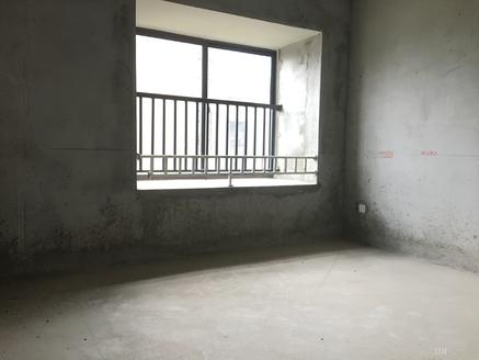雨韵阁 4楼 毛坯 满2年 户型好 东边户 独 家有钥匙