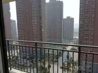 上湖家园,12楼总高33楼,新空毛坯大三房,小区中间位置,东边户,看房有钥匙