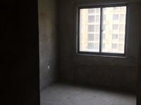 安粮城市广场毛坯10楼,采光无任何遮挡,诚心出售,方便随时看房。