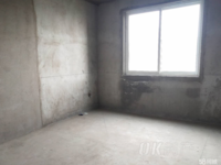 西塘名苑毛坯现房,中层东边户送10平入户花园,诚心出售,方便看房。