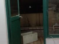 金玉兰花园 6楼 精装修 家具齐全 电器基本上都是新的 拎包入住