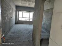 宝龙华庭,两间写字楼,2400元/月,可打通,独享门口过道