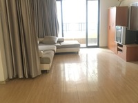 东方城一期,精装修三房,中间楼层,看房方便,性价比高