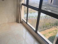 东方城二期 精装四房 15楼的13楼 东边户 满2年诚意卖