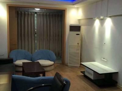出租国际华城2室2厅1卫91平米1600元/月住宅