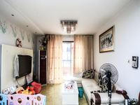 东方明珠一村 三室两厅精装好房急售,看中后价格可谈.