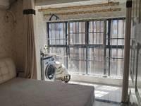 东方城一期精装修复式现房,楼层采光无遮挡,家具家电齐全,方便看房。拎包即可入住。