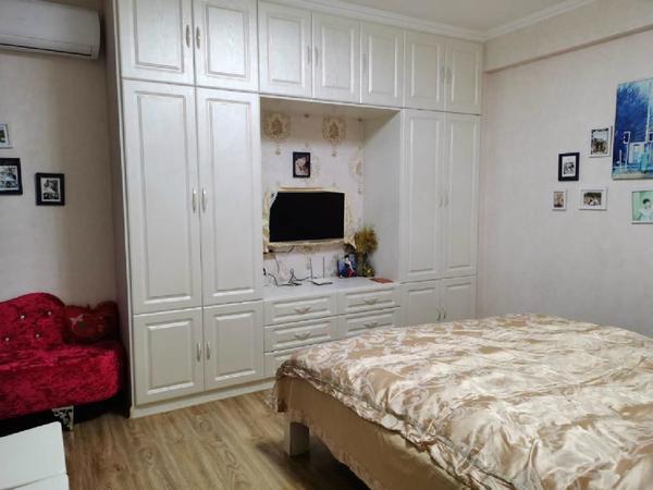 中冶雨韵阁 精装2室2厅 高层21楼 满2年 诚意出售