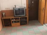 平山新村 精装修 家电齐全 两房朝南干净整洁 拎包入住  周边配套成熟 生活方便
