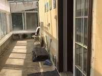 低价出售怡心花园精装二楼带露台满五年拎包入住手慢无