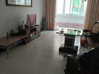 锦绣园一楼带院子,108平米,房东诚意出售