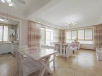 剑桥公馆 精装修大三室 拎包入住 满二年 房东诚意出售 采光无遮挡!