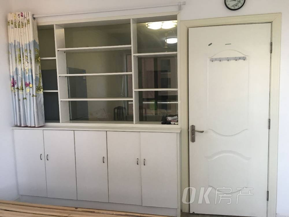 出租东方明珠2室2厅1卫89平米1700元/月住宅