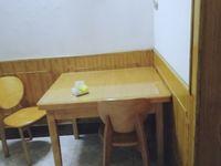 出租纺织新村2室1厅1卫52平米1000元/月住宅
