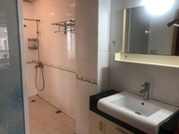 出租东湖碧水湾3室2厅1卫130平米1800元/月住宅