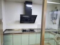 东方明珠六村好房出租,设备齐全,拎包入住。