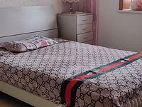 出租万嘉南苑3室2厅2卫200平米800元/月住宅