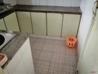 出租湖东路三村2室1厅1卫80平米400元/月住宅