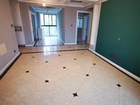 绿地三期豪华精装三室东边户纯实木衣帽间一次未住