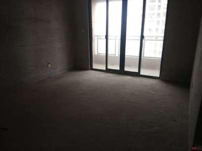 秀山湖壹号纯毛坯三室,中上楼层,满五唯一,小区中间位置不靠马路,全天采光诚意出售
