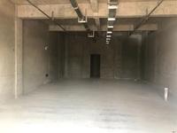 出租绿地三期实验小学对面193平米5000元/月商铺