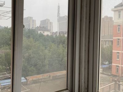 出租金瑞小区2室1厅1卫75平米700元/月住宅